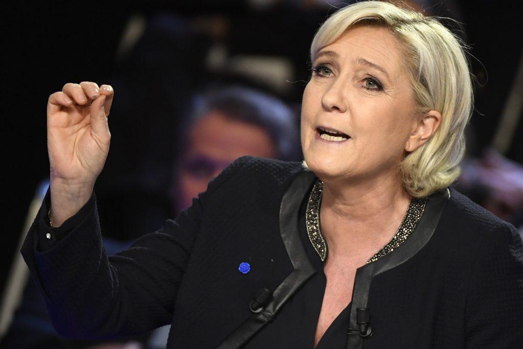 Marine Le Pen : « Il faut mettre du porc dans les menus de toutes les cantines scolaires en France »