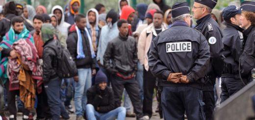 COVID-19 : Sans hygiène, ni protection, les migrants circulent librement sur le territoire Français…