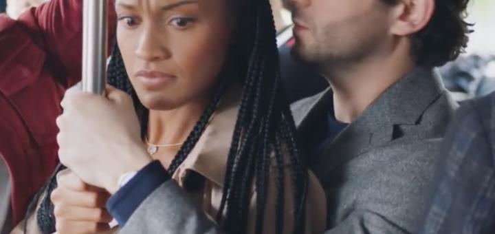 Dans le clip de l'Oréal intitulé : « Agissons ensemble contre le harcèlement de rue », ils ne montrent que des hommes blancs comme agresseurs alors que dans la vraie vie ça se passe autrement…