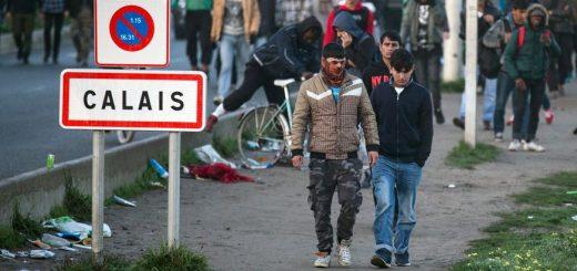COVID-19 : Les migrants de Calais ne sont pas obligés de se confiner, aux risques de propager la pandémie du Coronavirus sur tout le territoire Français !