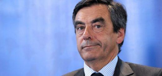 IMMIGRATION : Quand François Fillon fait un copier/coller du programme de Marine Le Pen !