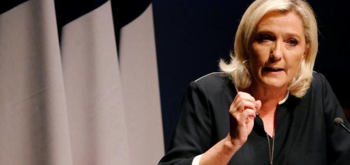 COVID-19 : Et si le Gouvernement Macron avait écouté Marine Le Pen ?! Le confinement aurait pu être évité aux Français !