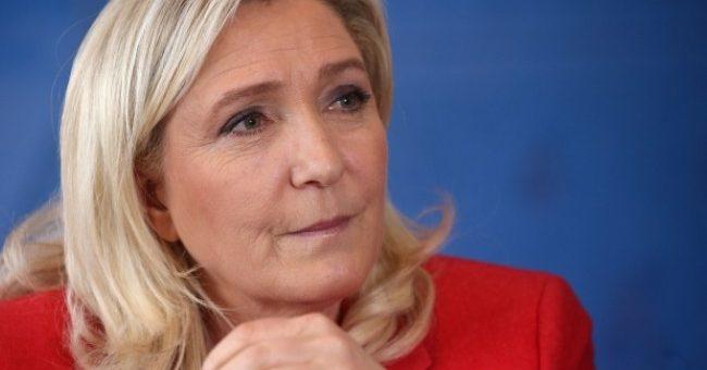 Marine Le Pen : « Les mosquées qui lancent des appels à la prière islamique doivent être sanctionnées »