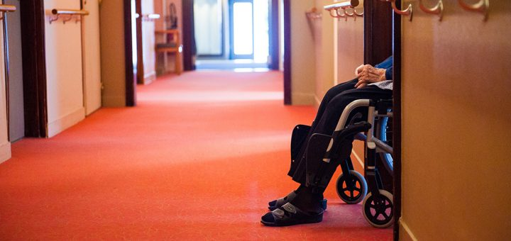 (VIDÉO) – COVID-19 : Le SAMU ne vient plus dans les Ehpad secourir les malades car il n'y a plus aucune place dans les hôpitaux…