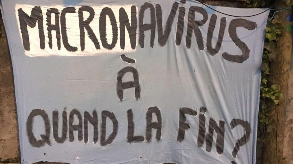 COVID-19 : Une jeune femme placée en garde à vue pour une banderole sur sa maison à Toulouse !