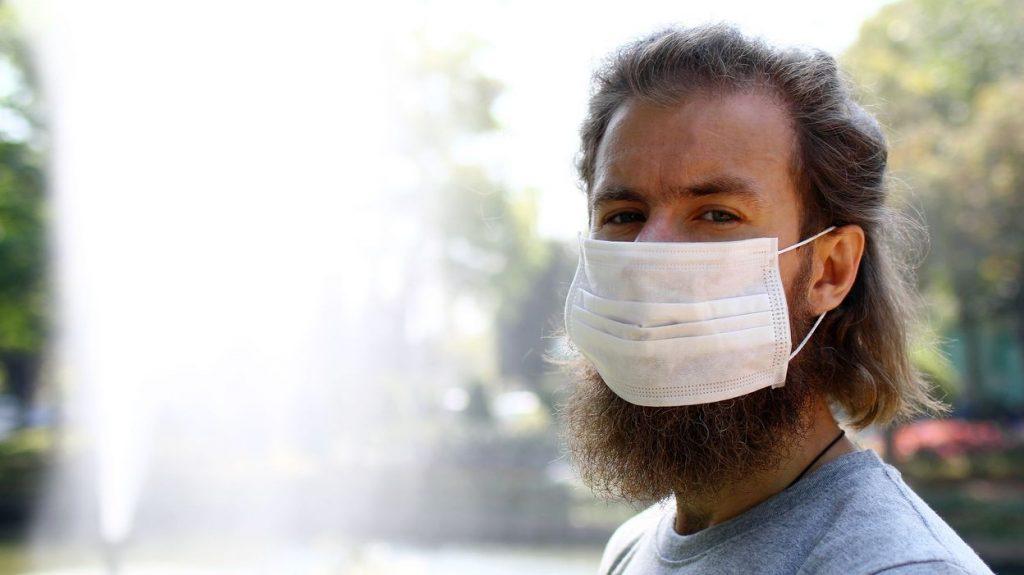 Une barbe contient autant de microbes que dans des WC et diminue l'efficacité des masques de protection !