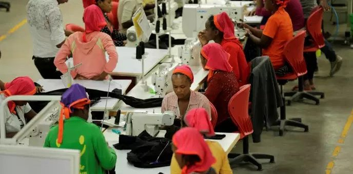 En Ethiopie, les petites mains de H&M ou Calvin Klein gagnent 23 euros seulement par mois !