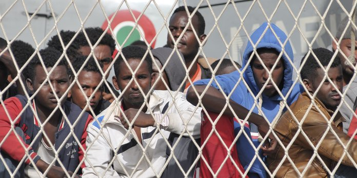 Paris : Des migrants Libyens arracheurs de colliers interpellés par la Police !