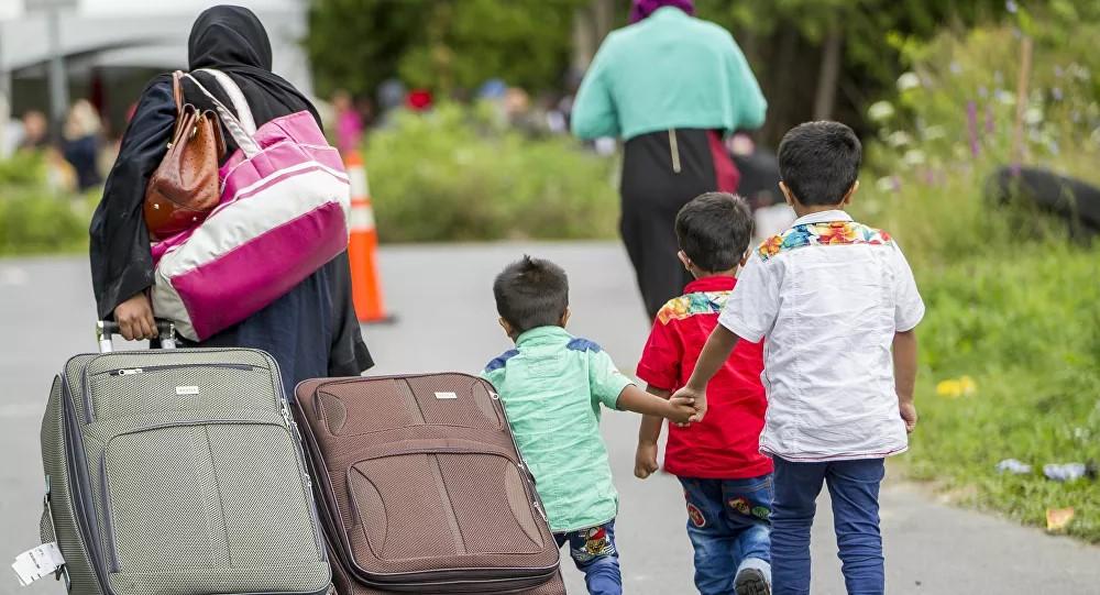 Pour stopper l'immigration clandestine, il faut supprimer tous les droits sociaux destinés aux migrants, selon Éric Zemmour !