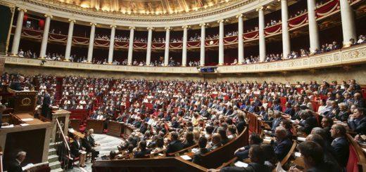 Loi Avia : Décédé avant le vote, la voix d'un député LREM comptabilisée !