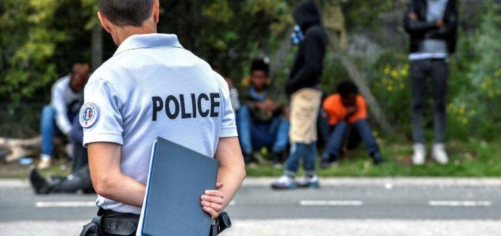 Calais : Des migrants blessent un père et son fils en leur jetant des pierres !