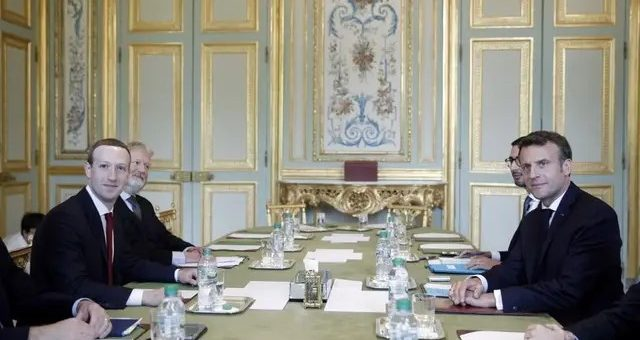 Censure des réseaux sociaux : Mark Zuckerberg « encouragé » après s'être entretenu avec Emmanuel Macron !