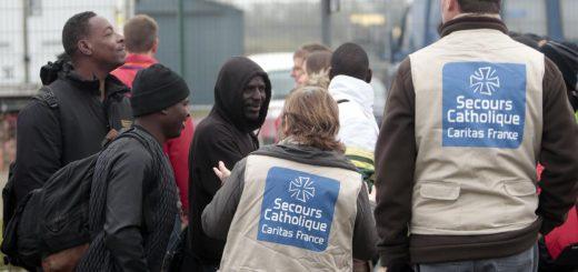 A quelles aides sociales ont droit les étrangers vivant en France ?