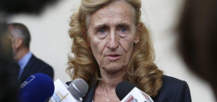 Belloubet rejette le bracelet électronique pour suivre les islamistes libérés de prison car il est trop attentatoire aux libertés…