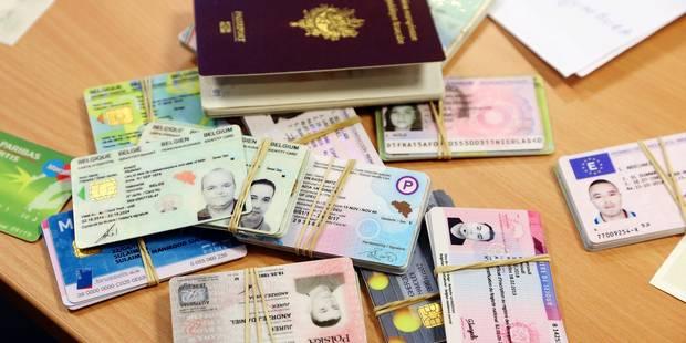 Paris : Deux ateliers de faux-papiers dirigés par des Algériens démantelés !