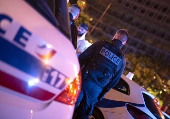 Des CRS roués de coups n'osent pas se défendre de peur d'être accusés de violences policières !