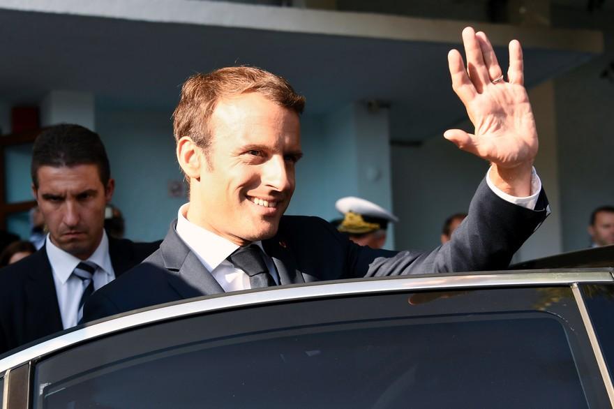Macron envisagerait de démissionner pour provoquer une élection anticipée qu'il est sûr de gagner !
