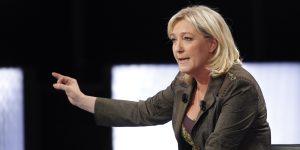SONDAGE : Selon vous, l'État Français doit-il supprimer les aides sociales des délinquants comme le propose Marine Le Pen ?