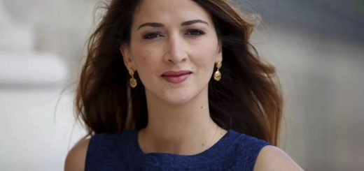 Zineb, née au Maroc, se plaint d'être victime de racisme uniquement de la part de Maghrébins !