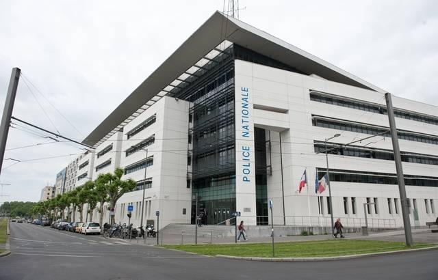 Bordeaux : Une étudiante de 24 ans poignardée à neuf reprises par un migrant Libyen !
