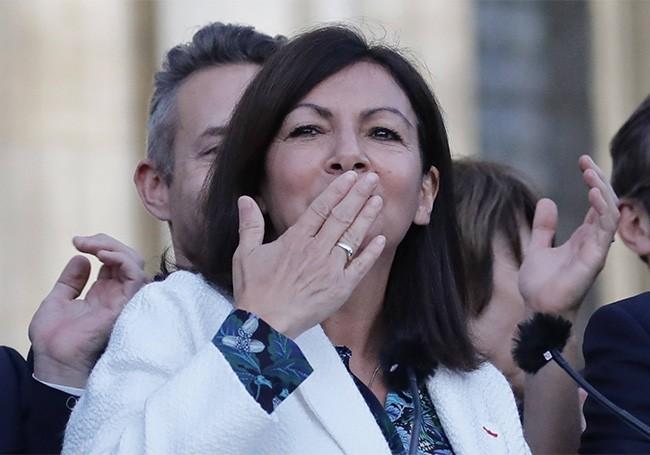 Paris : L'administration Hidalgo accusée de favoritisme et de détournement de fonds publics !