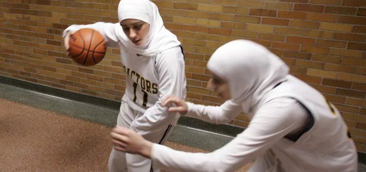 Une salle de sport de Lyon autorise le port de hijab sous la pression de militantes !